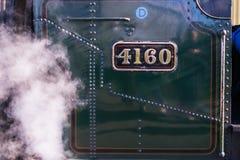 Vue étroite de plaque minéralogique de la locomotive à vapeur 4160 photos libres de droits