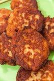 Vue étroite sur des boulettes de viande du plat Images libres de droits