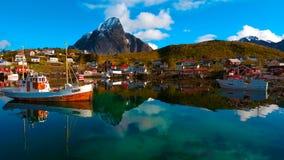 Vue aérienne, îles de Lofoten, Reine, Norvège Image libre de droits