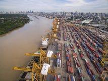 Vue aérienne au-dessus de chantier de construction navale de Bangkok Photo libre de droits