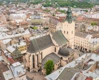 Vue aérienne au-dessus de la basilique de cathédrale de l'hypothèse Image stock