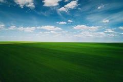 Vue aérienne au-dessus des champs agricoles Photo libre de droits