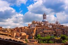 Vue aérienne avec des Di Sienne de Duomo Image libre de droits