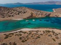 Vue aérienne d'île de Kounoupa photographie stock libre de droits