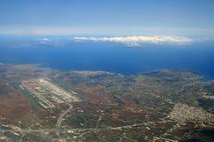 Vue aérienne d'aéroport d'Athènes Photographie stock