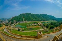 Vue aérienne d'Amber Fort près de Jaipur au Ràjasthàn, Inde Amber Fort est l'attraction touristique principale dans la région de  Photos stock