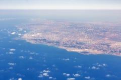 Vue aérienne d'avion de Paphos, Chypre Photos stock