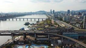 Vue aérienne d'horizon de ville de Séoul, Corée du Sud clips vidéos