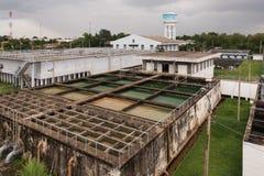Vue aérienne d'installation de traitement de l'eau photo stock