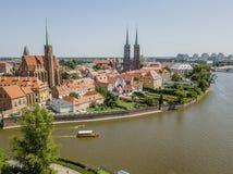 Vue aérienne d'Ostrow historique Tumski, Wroclaw, Pologne photographie stock