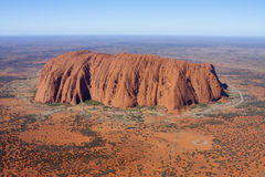 Vue aérienne d'Uluru (roche d'Ayers) Photo stock