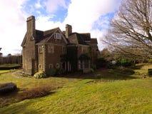 Vue aérienne d'un domaine anglais de pays dans le Sussex occidental photographie stock