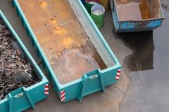 Vue aérienne d'un muld à une cour de chute pour rassembler les éléments en acier Photos stock