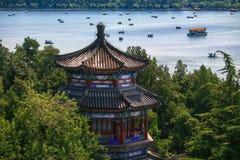 Vue aérienne de beau palais d'été Image libre de droits