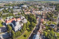 Vue aérienne de bourdon de Telsiai, Lithuanie images libres de droits