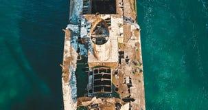 Vue aérienne de bourdon de vieux bateau de Ghost de naufrage Photographie stock libre de droits