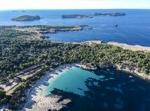 Vue aérienne de Cala Bassa, Ibiza photo stock