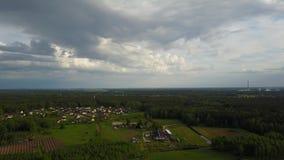 Vue aérienne de campagne, vidéo de la vue supérieure 4K UHD de bourdon banque de vidéos