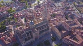 Vue aérienne de cathédrale historique à Salamanque, en Castille et à Léon, Espagne clips vidéos