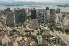Vue aérienne de centre urbain avec la cathédrale et les voûtes métropolitaines de Lapa Photographie stock libre de droits