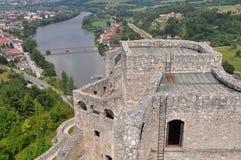 Vue aérienne de château de Strecno, Slovaquie Images libres de droits