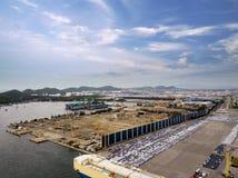 Vue aérienne de chantier de construction navale de concept de logistique images stock