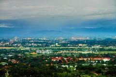 Vue aérienne de Chiang Mai, Thaïlande le soir Image stock