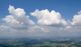 Vue aérienne de cumulus images stock