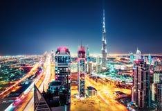 Vue aérienne de Dubaï, Emirats Arabes Unis Horizon scénique de nuit photos libres de droits