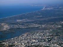 Vue aérienne de Faro au Portugal vu d'un avion images libres de droits
