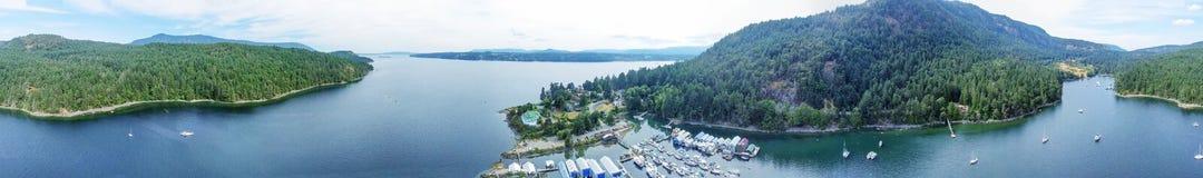 Vue aérienne de Genoa Bay en île de Vancouver, AVANT JÉSUS CHRIST - Canada image stock