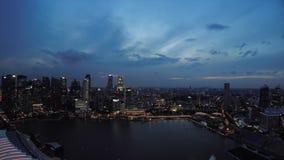 Vue aérienne de grand de ville de Singapour horizon financier de secteur - 30p banque de vidéos