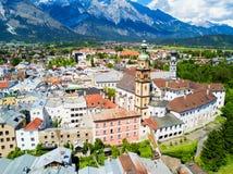 Vue aérienne de Hall Tirol image libre de droits