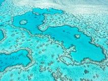 Vue aérienne de la Grande barrière de corail dans les Pentecôtes Image stock