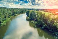 Vue aérienne de la rivière images stock