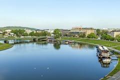 Vue aérienne de la rivière la Vistule à Cracovie photographie stock libre de droits