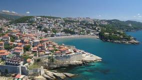 Vue aérienne de la vieille ville d'Ulcinj banque de vidéos