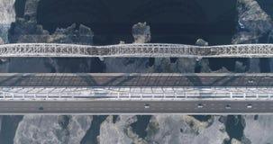 Vue aérienne de la ville de Kiev, Ukraine Rivière de Dnieper avec des ponts Pont de Darnitskiy clips vidéos