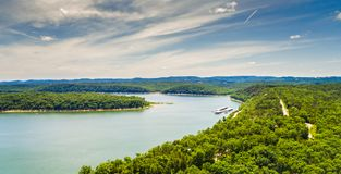 Vue aérienne de lac shoals de Taureau à Branson, Missouri image stock