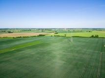 Vue aérienne de ligne à haute tension Image stock