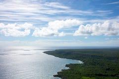 Vue aérienne de littoral des Caraïbes d'un hélicoptère, République Dominicaine  Photographie stock