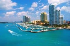 Vue aérienne de Miami Beach et de skycrappers du sud Photos libres de droits