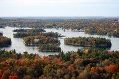 Vue aérienne de mille îles dans l'automne Images stock
