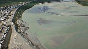 Vue aérienne de Mont Saint-Michel banque de vidéos
