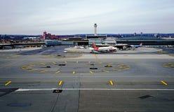 Vue aérienne de Newark Liberty International Airport Images libres de droits