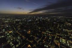 Vue aérienne de nuit urbaine de Los Angeles la Californie Photographie stock libre de droits