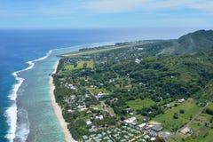 Vue aérienne de paysage de l'atoll de corail de Rarotonga dans le cuisinier Islan Image libre de droits