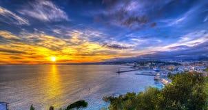 Vue aérienne de plage à Nice au coucher du soleil Images stock
