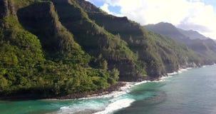 Vue aérienne de plage de Kauai en Hawaï banque de vidéos