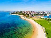 Vue aérienne de plage de ville de Santander Photos stock